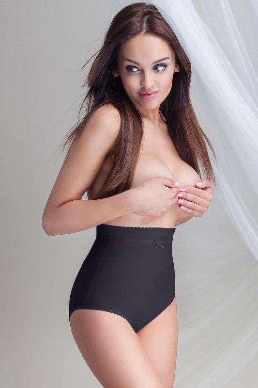 Figi Model Simply Black