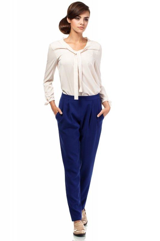 Spodnie-Damskie-Model-MOE195-Chaber-przod