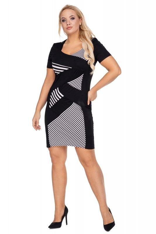 Czarna-sukienka-plus-size-elegancka-xl-xxl-KOROLA-przed-kolano-z-krotkim-rekawem