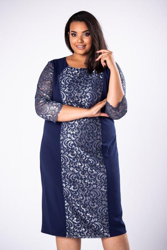 ołówkowa sukienka z koronkowymi wstawkami