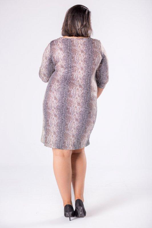 dopasowana sukienka z dekoltem w serek