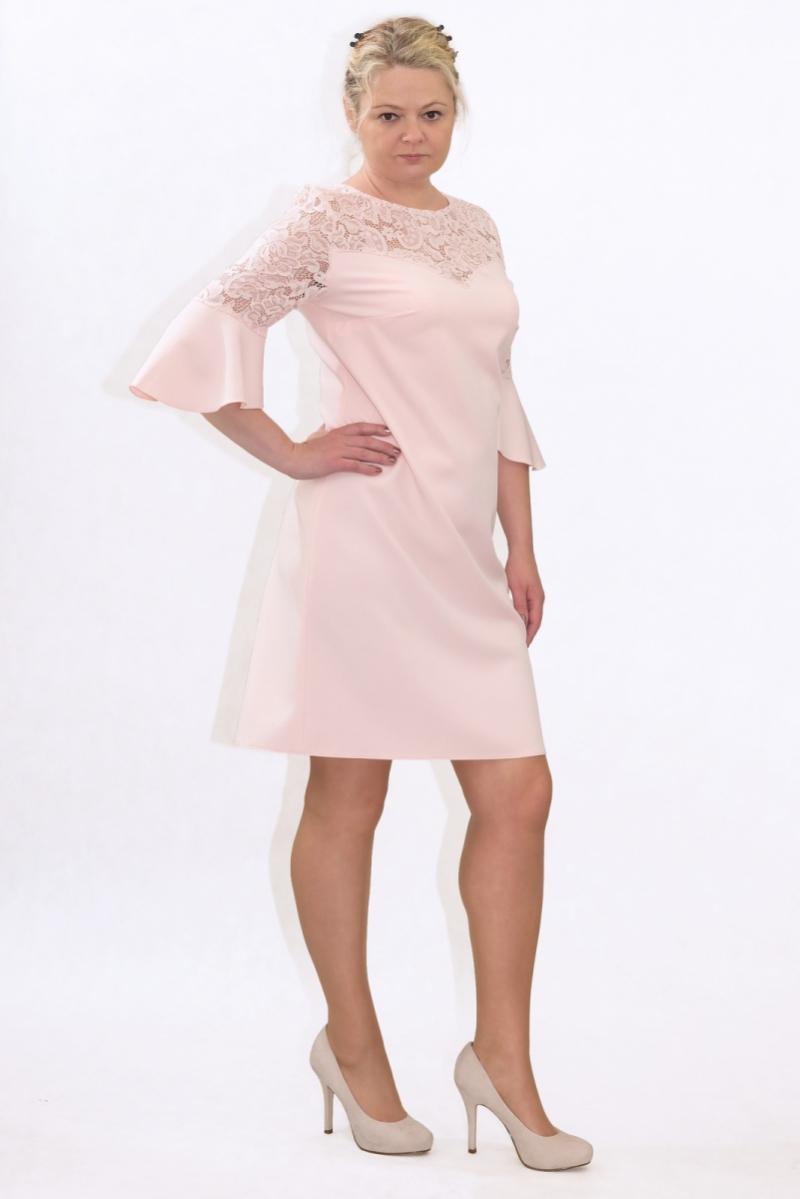 Elegancka-sukienka-XL-XXL-40-60-dla-puszystych-na-wesele-PAOLA-duze-rozmiary-poprawiny-chrzest-pudrowy-roz-koronka-bok