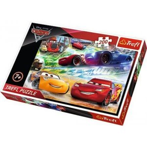 TREFL Puzzle 200 el.  Auta CARS, Droga do zwycięstwa (13232)