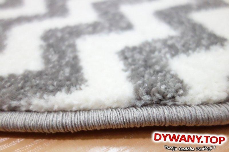 dywany łuszczów zygzak
