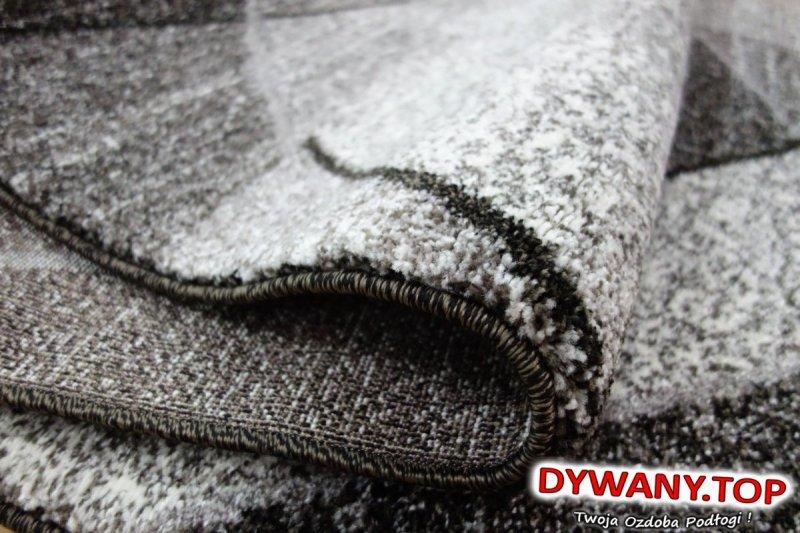 nowoczesny dywan szary