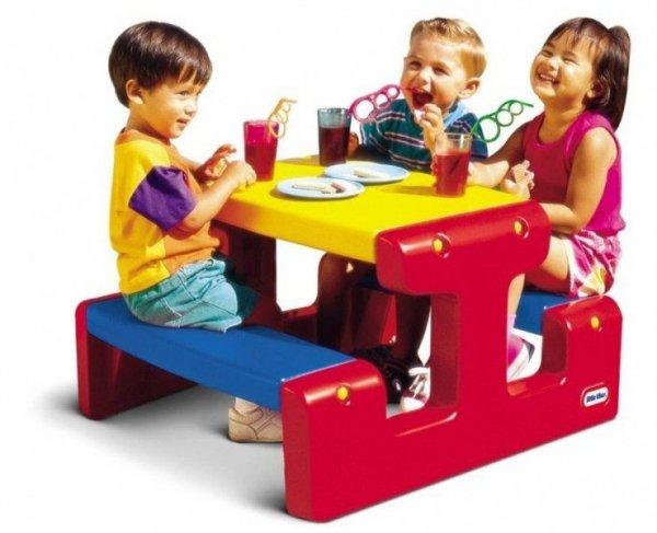 Mały stół piknikowy