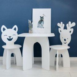 Zestaw stoliczek i 2 krzesełka dla dziecka