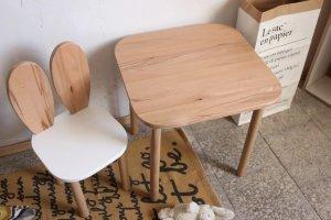 Komplet stoliczek kwadrat + krzesełko KRÓLICZE USZKA B2 różne kolory siedziska
