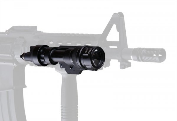 Latarka SF M952V LED