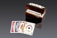 Karty lux w pudełku drewnianym z asami 2946 Piatnik 2 Talie