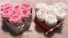 Nowość Białe wieczne angielskie róże w mini boxe heart