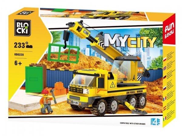 Klocki Blocki MyCity Dźwig 223 el.