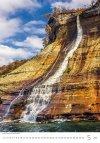 Kalendarz ścienny wieloplanszowy Waterfalls 2021 - maj 2021