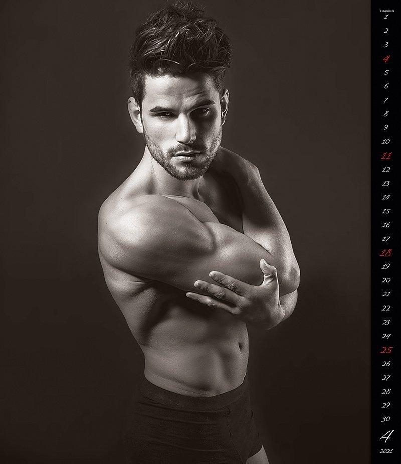 Kalendarz ścienny wieloplanszowy Men 2021 - exclusive edition - kwiecień 2021
