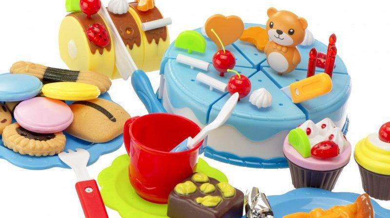 Tort-Urodzinowy-do-Krojenia-Kuchnia-80-el.-Niebie-7