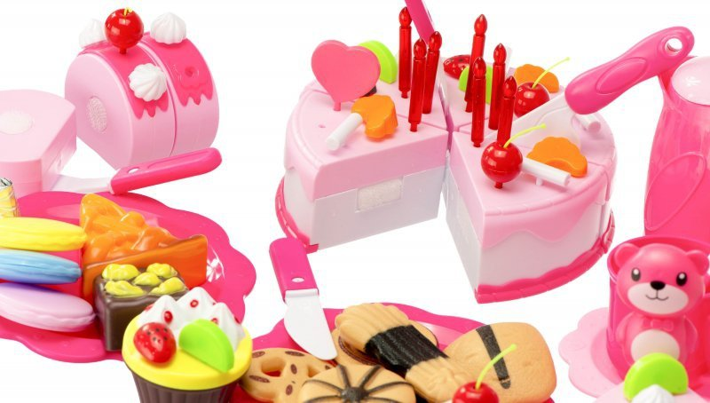 Tort-Urodzinowy-do-Krojenia-Kuchnia-80-el.-róż-8