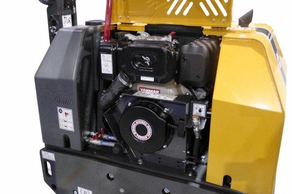 Walec dwubębnowy (tandemowy) prowadzony BELLE TDX 650