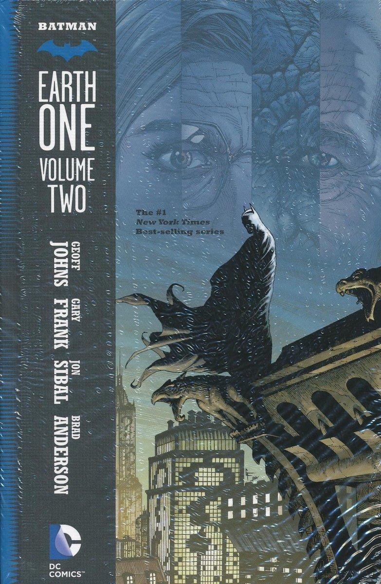 BATMAN EARTH ONE VOL 02 HC (Oferta ekspozycyjna)