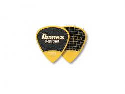 Kostka IBANEZ Grip Wizard Sand 0,8mm (YE)
