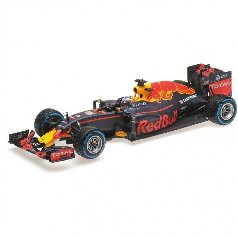 Red Bull Racing Tag Heuer RB12 #3 Daniel Ricciardo Brazilian GP 2016