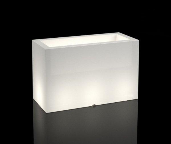 Biała donica Lungo Maxi z oświetleniem