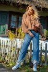 Luźny sweter o oversizowym kroju - F1102-carmel-2
