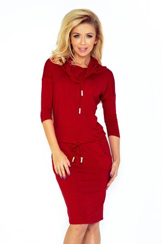 Sukienka sportowa z golfem - Bordowa - numoco - 44-19