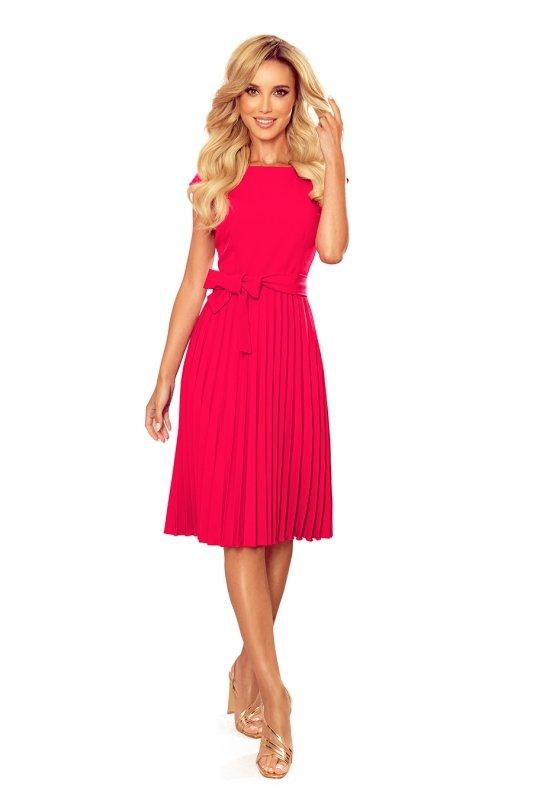 LILA Plisowana sukienka z krótkim rękawkiem - kolor MALINOWY -7