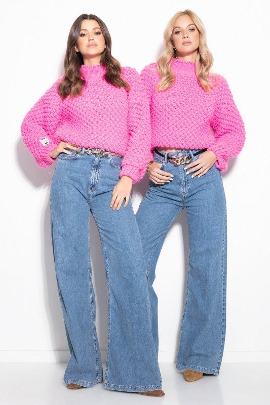 Sweter Chunky Knit F1135 - Różowy - StreetStyle.net.pl - 2