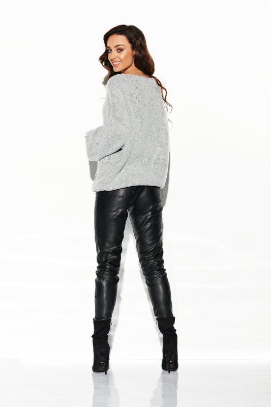 Sweter z dużym dekoltem - StreetStyle LSG111- jasnoszary- 4