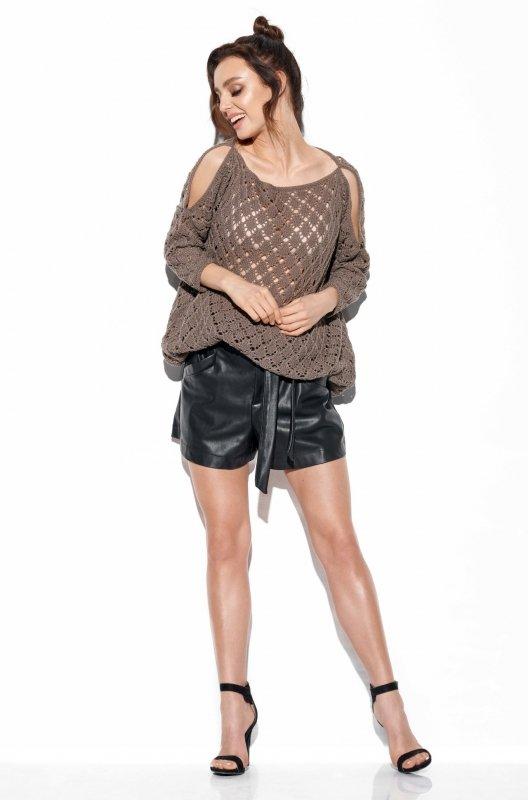 Ażurowy sweter z odkrytymi ramionami -StreetStyle -LS286 - capucino