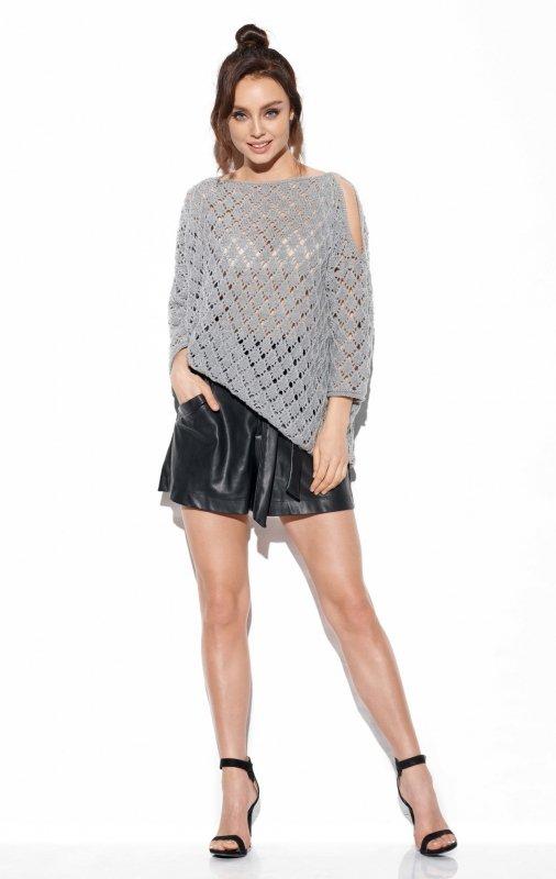 Ażurowy sweter z odkrytymi ramionami -StreetStyle -LS286 - jasnoszary