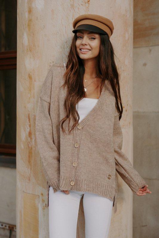 Sweter z guzikami i dłuższym tyłem - LS307-capucino -11