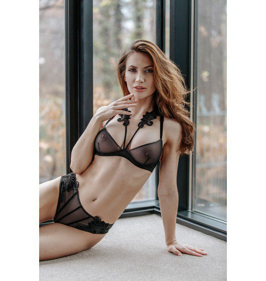 Petitenoir Tulle BPetitenoir Set out of plunge underwired bra with embroidery and briefody Ouvert XL