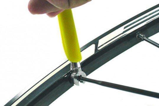Klucz do szprych Super-B Mavic 7mm + klucz do piasty