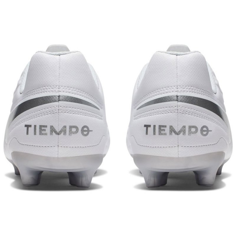 Buty Nike JR Tiempo Legend 8 Club FG/MG AT5881 100 biały 36