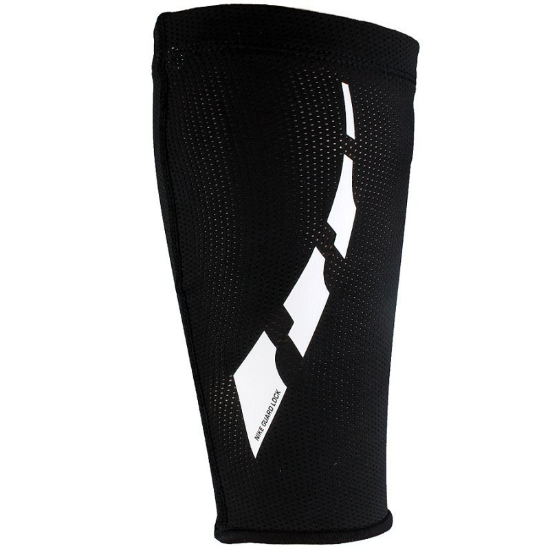 Opaski Nike Guard Lock Elite Sleeves SE0173 011 czarny S-(32-38cm)