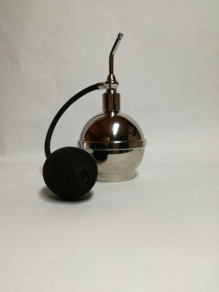 Luksusowy flakon na perfumy z pompą w stylu barber 125 ml