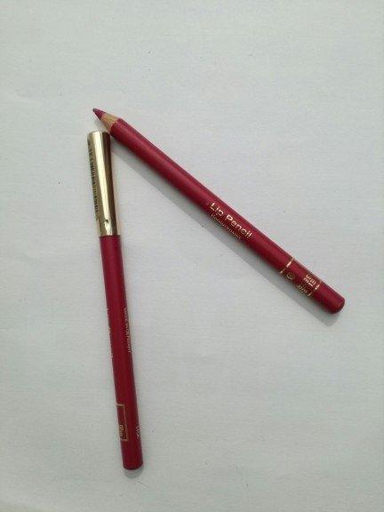 Ellen Betrix lip pencil konturówka do ust kolor Blue Grape