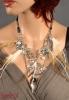VOEL VERE oryginalny naszyjnik z piór i różnych przywieszek