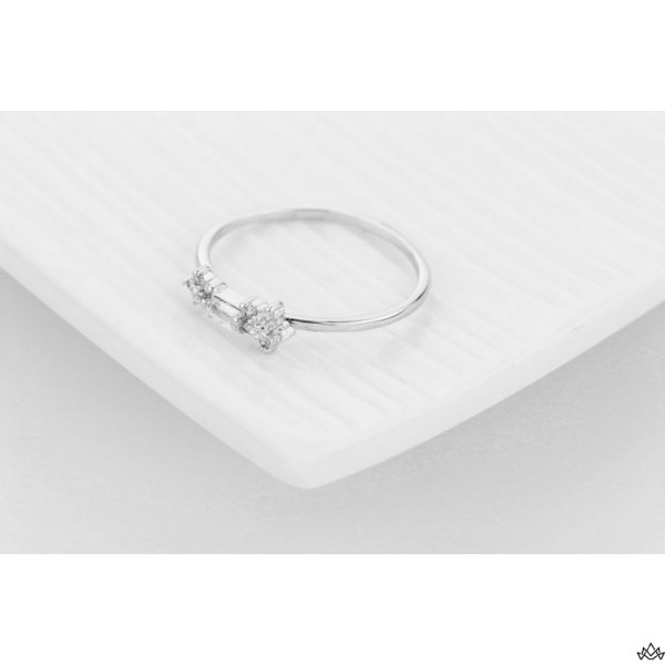 PIERŚCIONEK KRYSZTAŁKI STAL CHIRURGICZNA PST467, Rozmiar pierścionków: US9 EU20