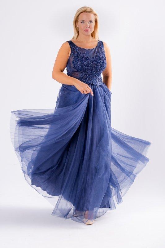 tiulowa sukienka maxi z gorsetowym wiązaniem na plecach