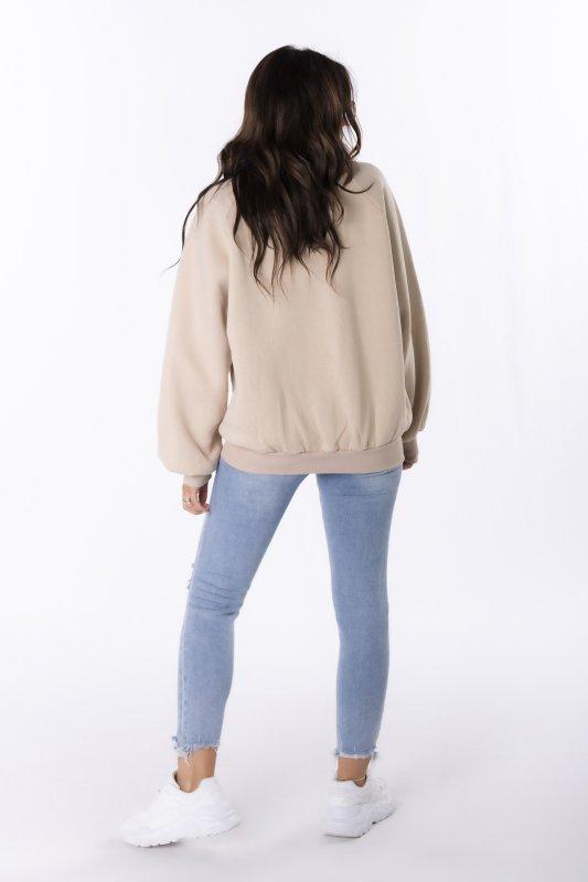 bluza oversize z naszywką