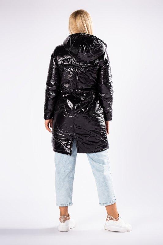 pikowana kurtka z kapturem i metalicznym połyskiem