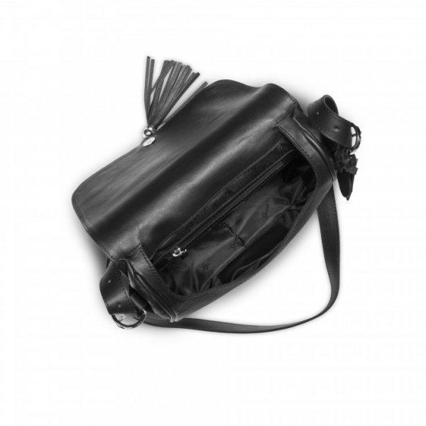 Czarna torebka na ramię, z ćwiekami na klapce