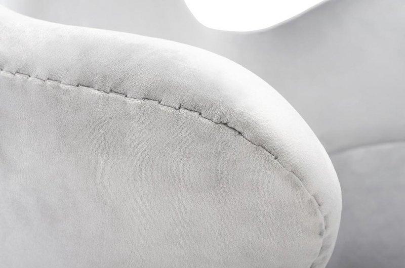 Fotel EGG CLASSIC VELVET BLACK jasny szary - welur, podstawa czarna