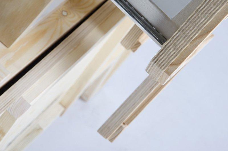 Szafka GĘŚ - drewno sklejka