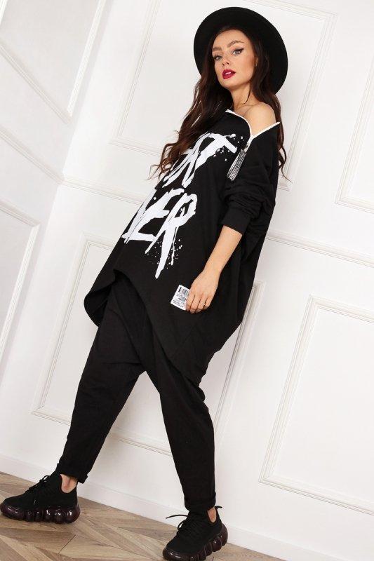 długa bluza z suwakiem przy dekolcie