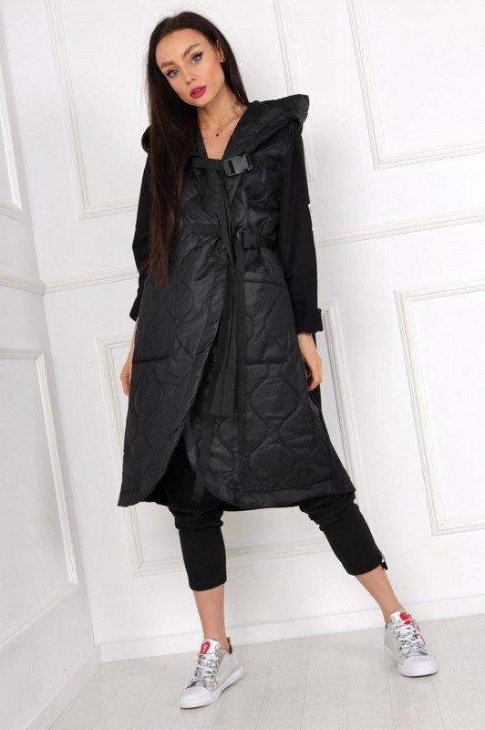długi płaszcz z dzianinowym tyłem