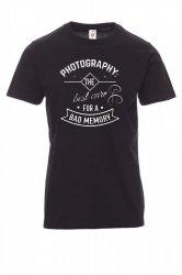 Koszulka z nadrukiem czarna - photography the best cure for a bad memmory
